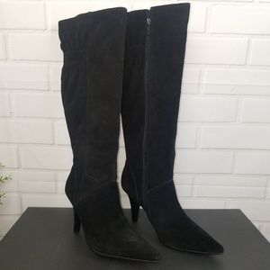 Kenneth Cole Reaction Women's black boots size 8.5